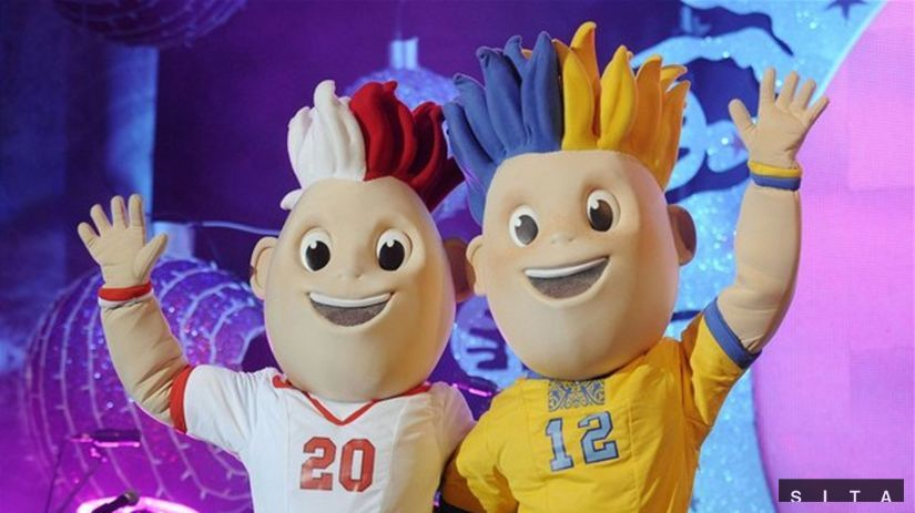 Maskoti EURO 2012 Slavko a Slavek