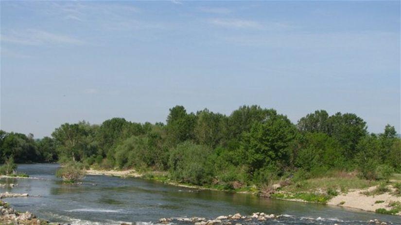 Váh, rieka, príroda, voda, vodná elektráreň