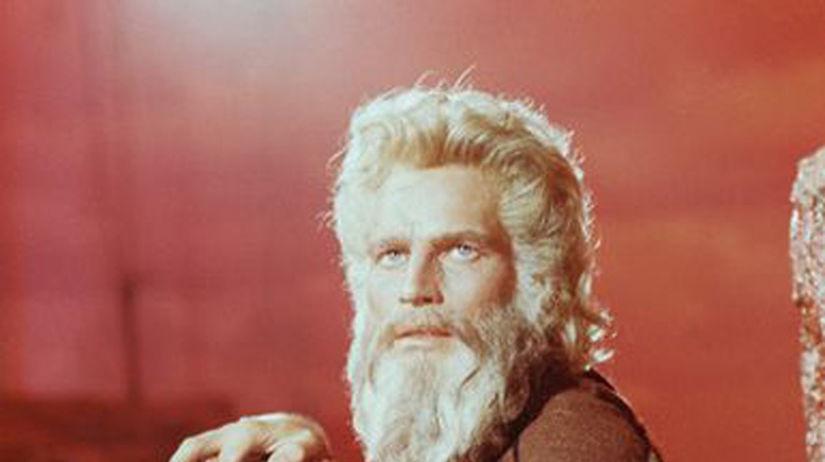 38-nova 4x V roku 1956 stvárnil Mojžiša v...