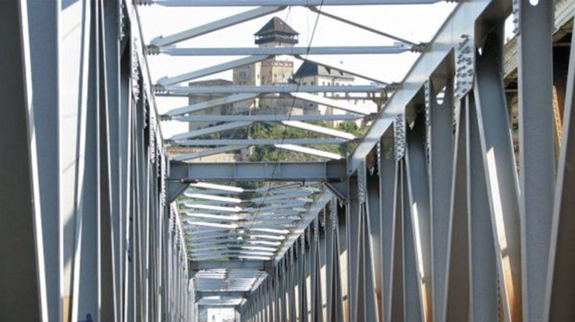 Trenčín, železničný most