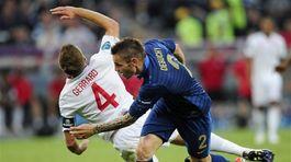 Steven Gerrard, Mathieu Debuchy