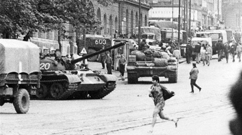 Československo, sovietske tanky