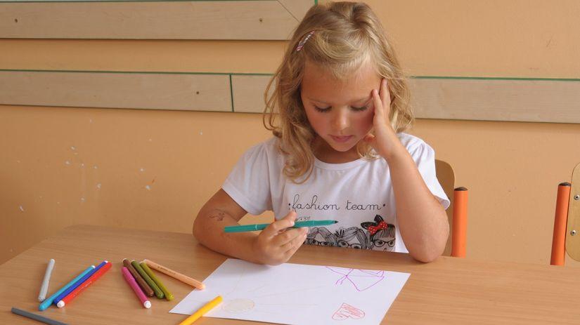 žiak, žiačka, lavica, zošit, pero, písanie,...