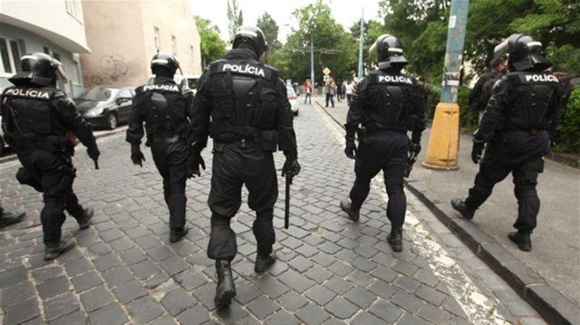 policajti, polícia