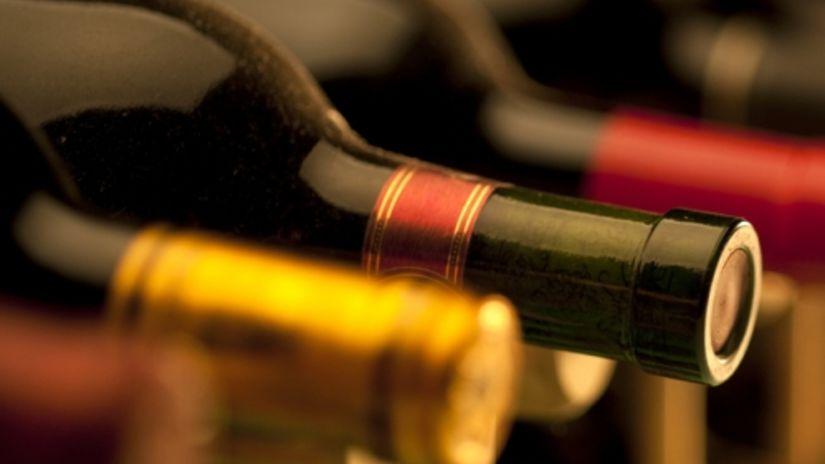 víno, fľaše, vínna pivnica, alkohol