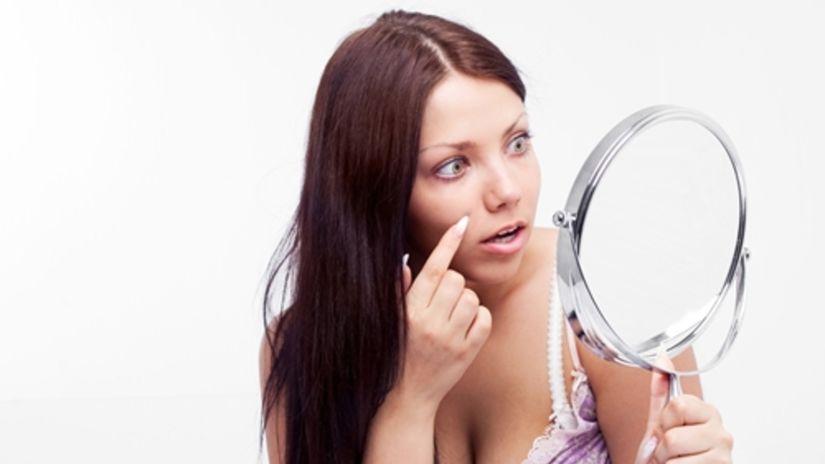 Mastná pleť potrebuje ľahký krém, make-up a...