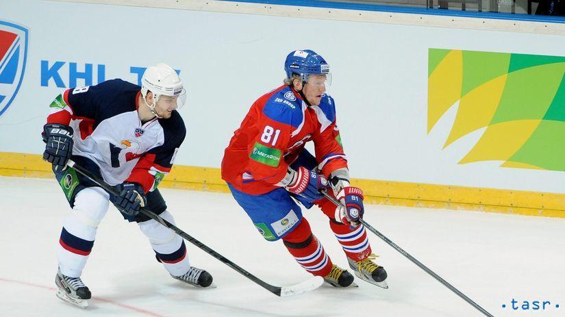 Lev, Slovan