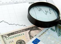 Peniaze, lupa, graf, dolár, euro