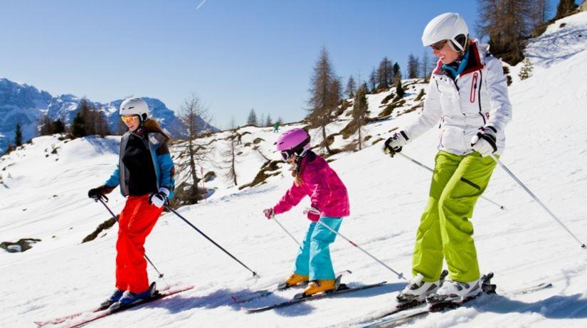 lyžovačka, zima, svah, sneh, lyžiari, lyže,...