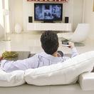 sofa, muž, sedačka, pohovka, televízor, leňošenie, pohoda