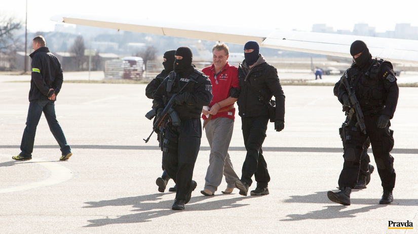 letisko, prilet, policia, kuklac, viliam misenka