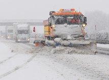 sneh, sneženie, zima, kalamita, východ