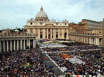 Benedikt XVI., odstúpenie, Námestie sv. Petra