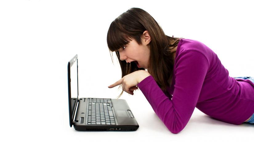 žena, internet, zlosť, flirt, počítač