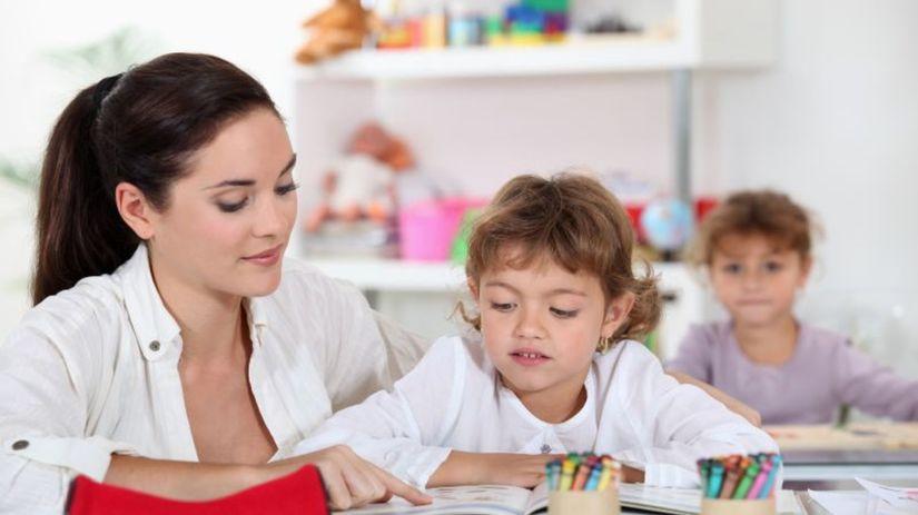 škola, škôlka, učiteľka, žiaci, učenie