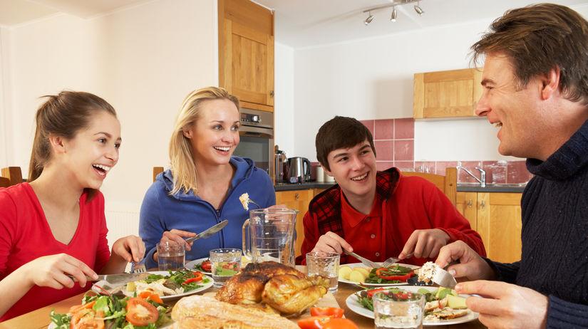 obed, jedlo, rodina, rodinný, strava, kuchyňa,...