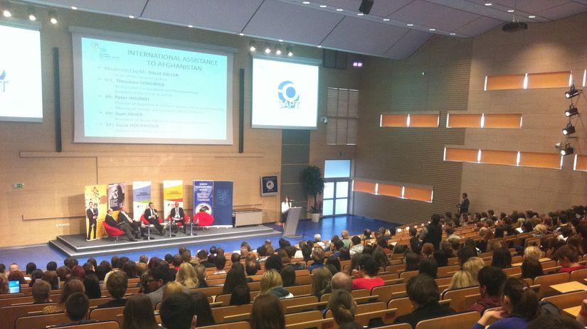 konferencia, Ekonomická univerzita
