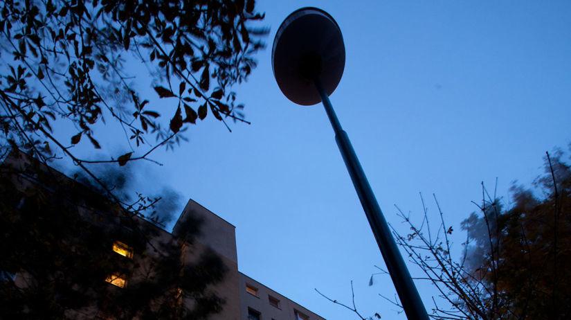 Osvetlenie, lampa, sídlisko, bývanie, panelák,...