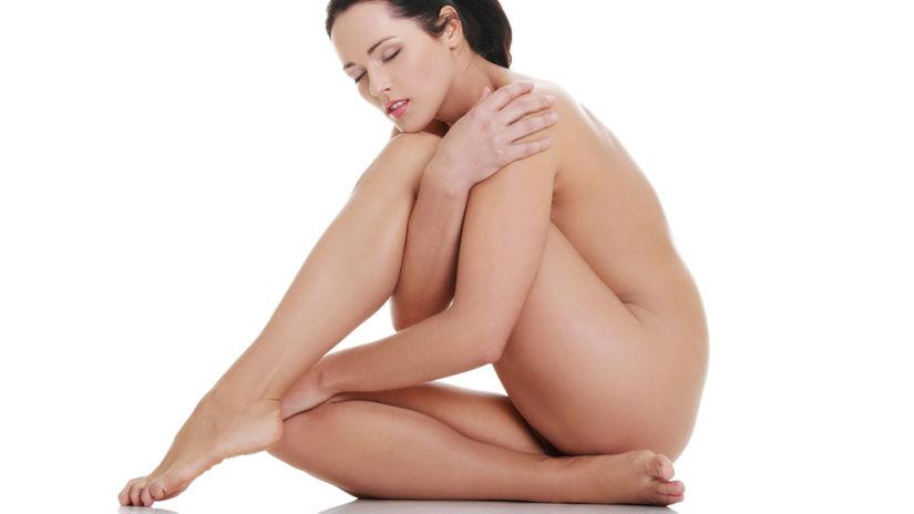 nahé telo - odhalená žena