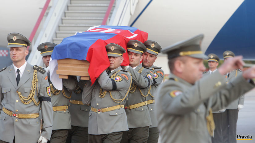 vojak, rakva, Kavuliak