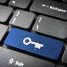 trezor, hacker, útok, internet, bezpečnosť, heslo, password, útočník