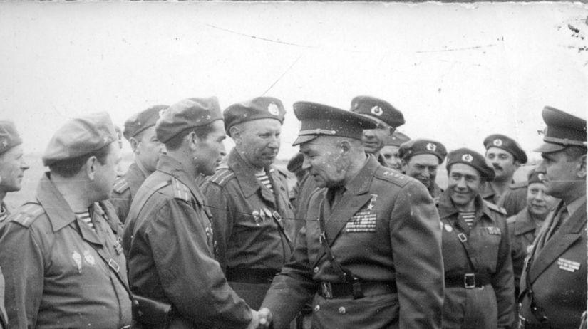 sovietski výsadkári