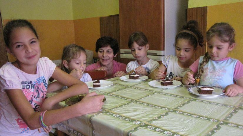 veselkovci, deti, zmrzlina, koláč