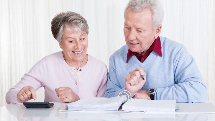 dôchodok, pracujúci, kalkulačka, dôchodca