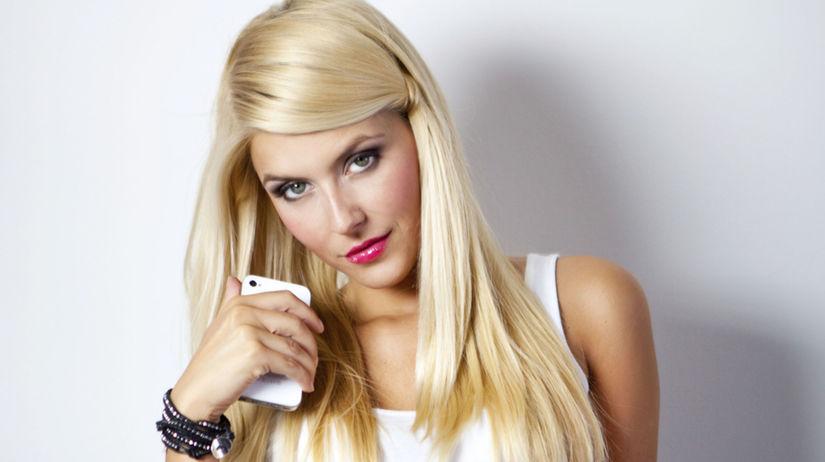 blondína, žena, kráska, idol, mobil, smartfón,...