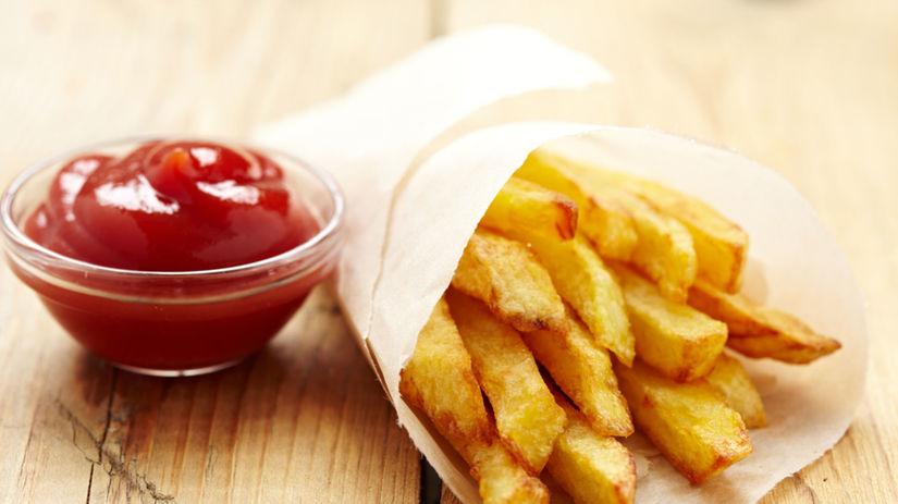 hranolky, kečup