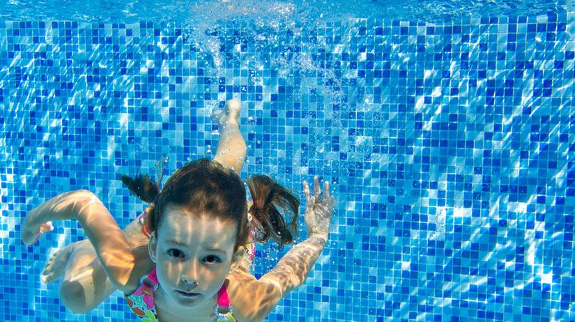 plávanie, plávajúce dieťa
