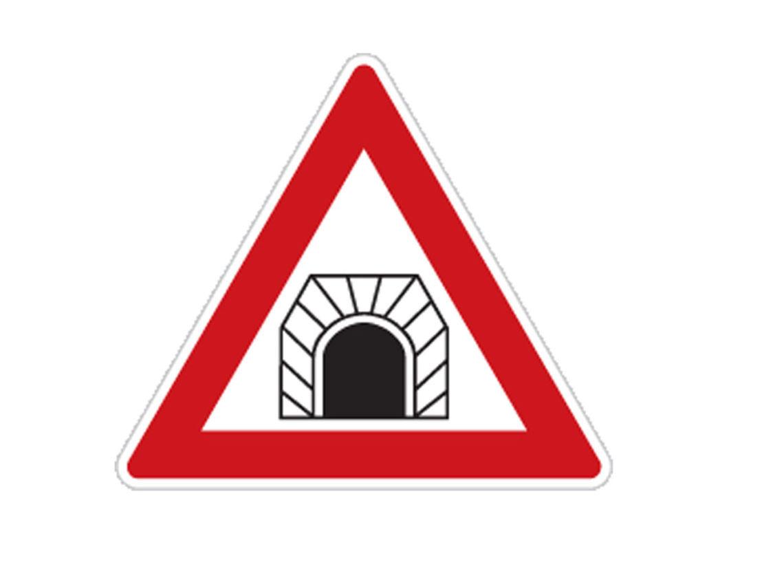 značka, doprava, tunel