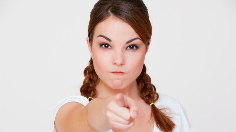žena, dokonalosť, nahnevaná žena