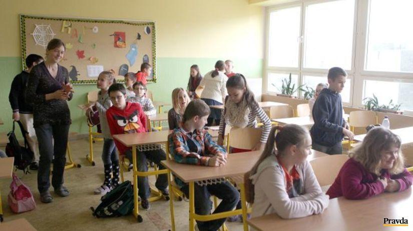 monitor, žiak, škola, trieda, učiteľ