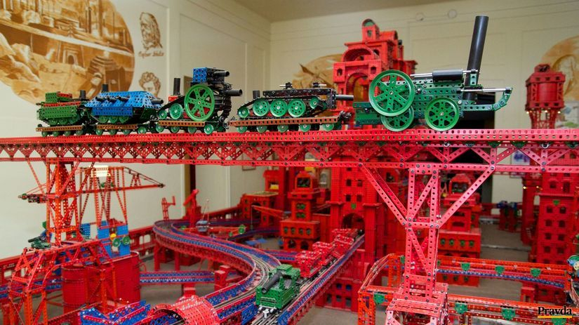 hračky, oceľové mesto, policie nad metují, múzeum