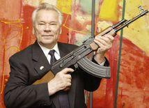 Michail Kalašnikov, zbraň, samopal