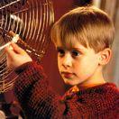 Herec Macaulay Culkin na zábere z filmu Sám doma.