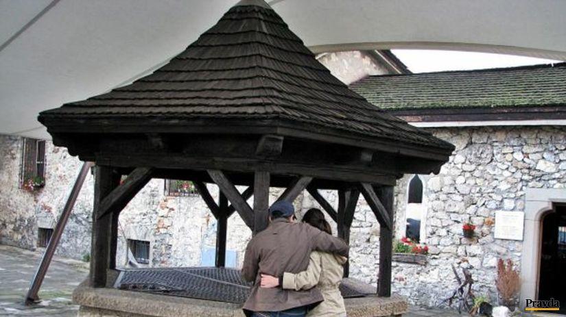 Studňa, Trenčín