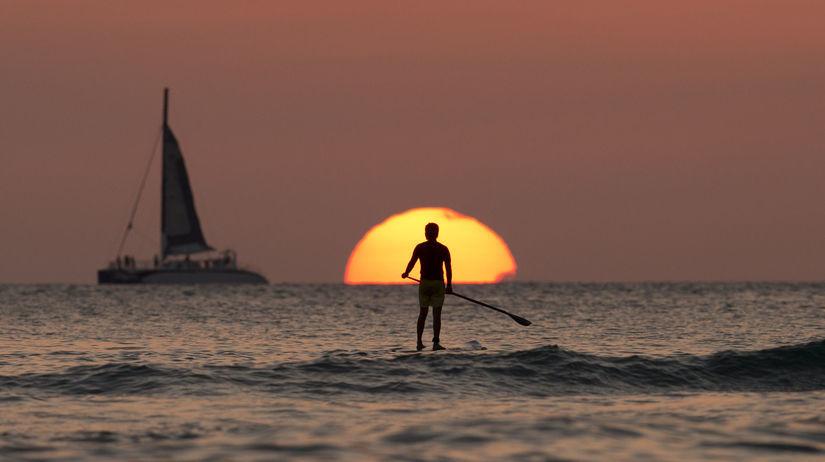 Honolulu, západ slnka