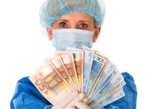 Peňažný dar pre lekára nie je úplatok, rozhodla GP