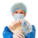 lekár, doktor, peniaze, úplatok,