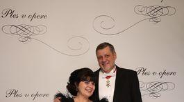 Veľvyslanec Ján Kubiš s manželkou.