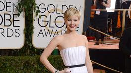 Herečka Jennifer Lawrence v šatách Dior Couture.