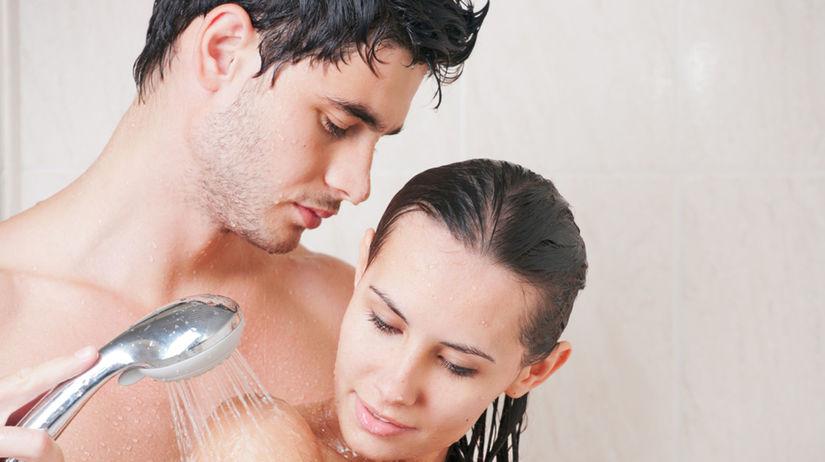 láska, láskanie, sprcha