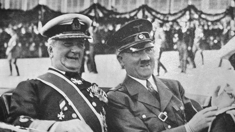 28-Horthy Hitler