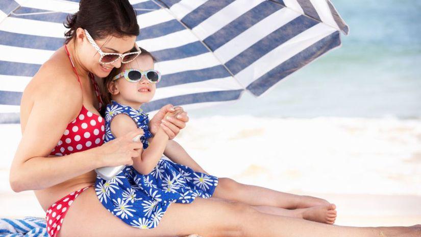 mama, dieťa, dovolenka, cestovanie, pláž,...
