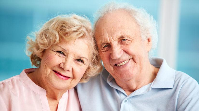 dôchodcovia, starí ľudia