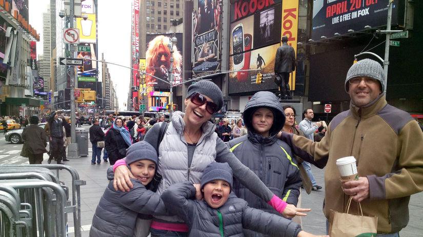 Miška a Hakan s rodinou