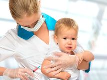 vakcína, očkovanie, lekár. dieťa