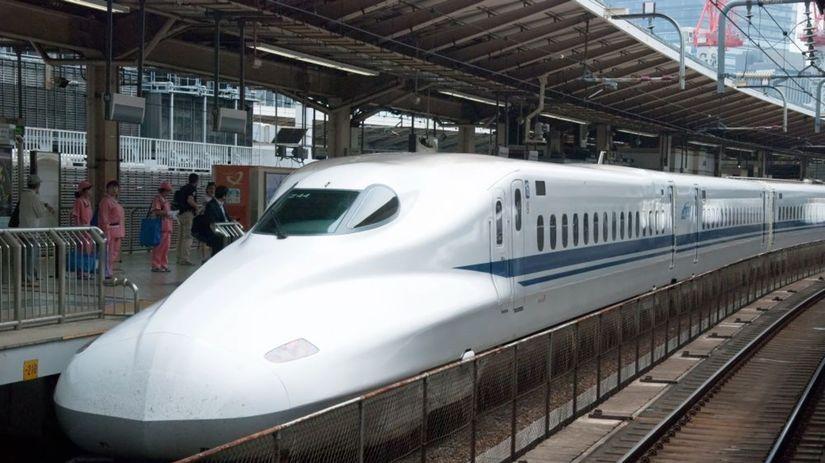 shinkansen shutterstock